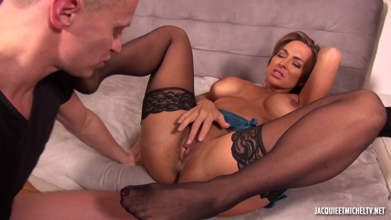 Порно мужики удовлетворяют ненасытную