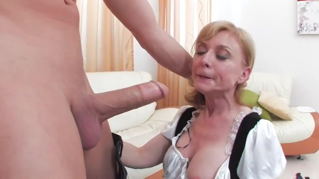 Порно порно с зрелой горничной выдерживает