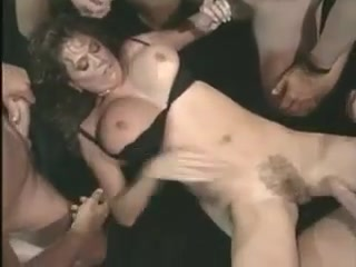 retro-snoshenie-video-andzhel-dark-golaya-porno-foto