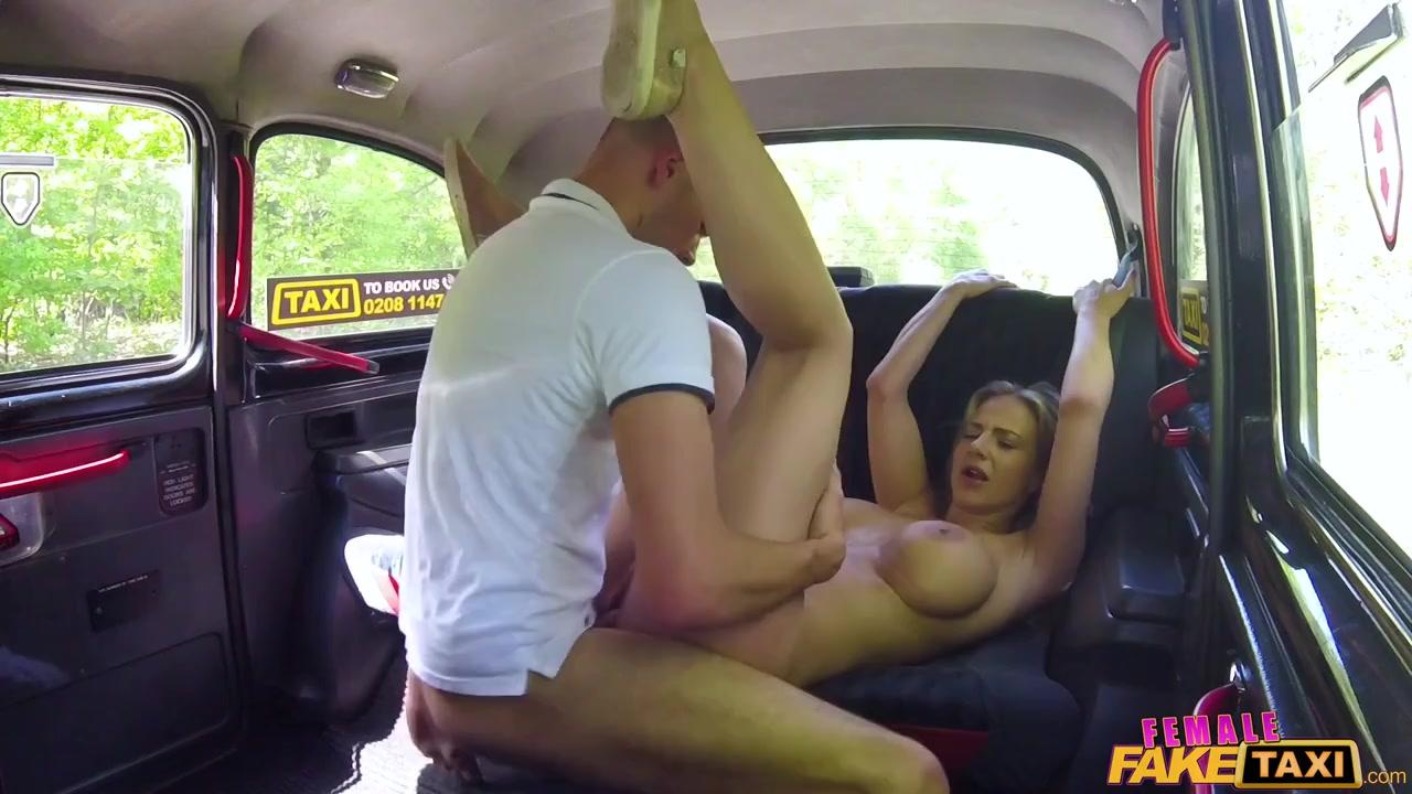 Видео как таксисты трахают пассажиров